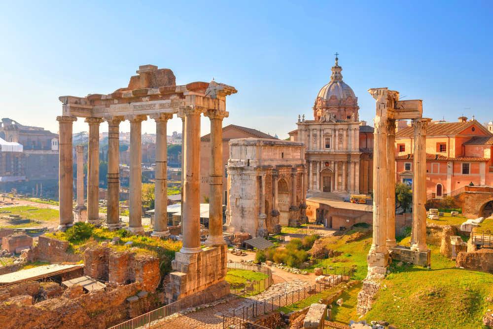 europe-italy-rome-collosseum-3-medium Италичууд: Бид коронвирусийн тархалтыг огт тоогоогүйгээс л боллоо